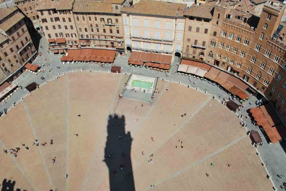 background_siena2.jpg